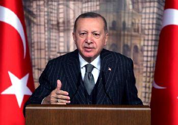 Erdoğan: Gavurun kılıcını sallayarak üzerimize geliyorlar