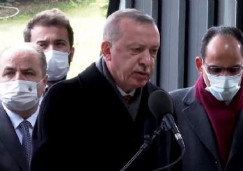 Erdoğan, Turgut Özal'ın kabri başında Kur'an okudu