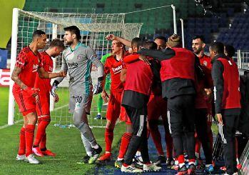 Beşiktaş şampiyonluk ateşini yaktı! 3-2
