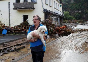 Almanya'da sel felaketi: Ölü sayısı artıyor