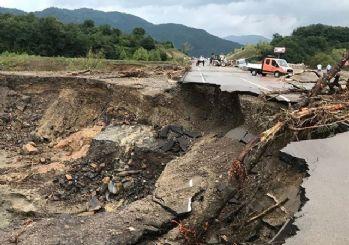 4 ilde sel felaketi! Yol çöktü, köprüler yıkıldı