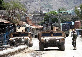 Taliban'ın ilerleyişi sürüyor! 6 günde 9 kenti daha ele geçirdi