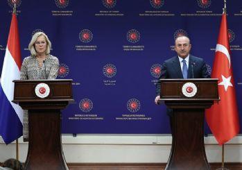 Çavuşoğlu'ndan AB'ye tepki: Para verelim, Türkiye göçmenleri tutsun anlayışı bize işlemez