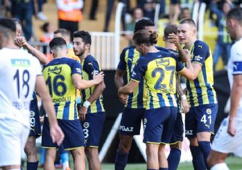 Fenerbahçe zirveyi devraldı! 2-1