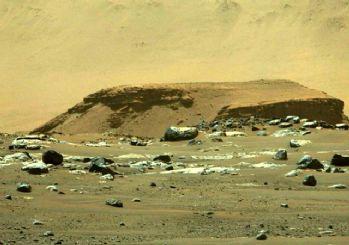 Mars'ta çığır açan keşif! Uzaylı yaşamına dair kanıt bulundu
