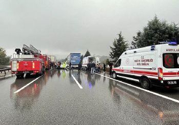 Anadolu Otoyolu'nda zincirleme kaza! 15 araç birbirine girdi!
