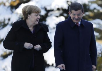 Merkel - Davutoğlu görüşmesinden kareler