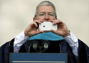 Apple'ın CEO'su Tim Cook sosyal medyada alay konusu oldu