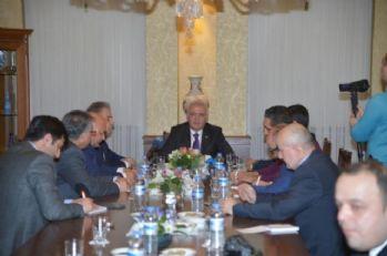 Bakan Elitaş'tan ABD ve AB'ye Suriye eleştirisi