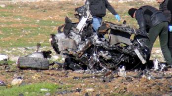 Bomba yüklü araç infilak etti