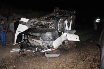 Kayganlaşan yolda minibüs takla attı: 22 yaralı