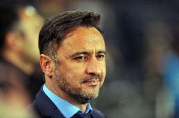 Medipol Başakşehir-Beşiktaş maçını tribünden izledi