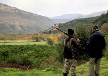 Isparta'da yaban keçisi katilleri yakalandı