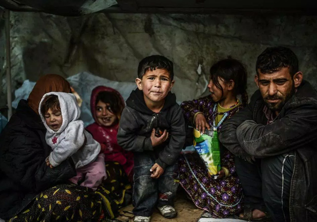 Selçuk Tepeli ve Cem Toker arasında 'mülteci' polemiği