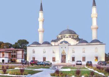 Erdoğan ABD'nin ilk çift minareli camisini açacak