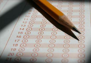 Sınavlarda soru ve cevap kağıtları birleşiyor