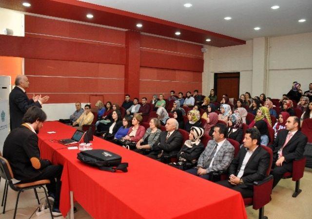 NEÜ'de Sağlık Kurumlarında Çağdaş Malzeme Yönetimi Teknikleri Konferansı