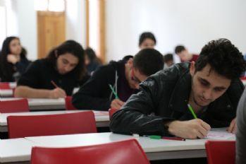 AÖF sınavları üç ilde ertelendi