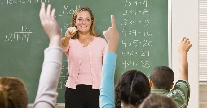 Öğretmenler,bu özel günlerinde yanlız bırakılmadı