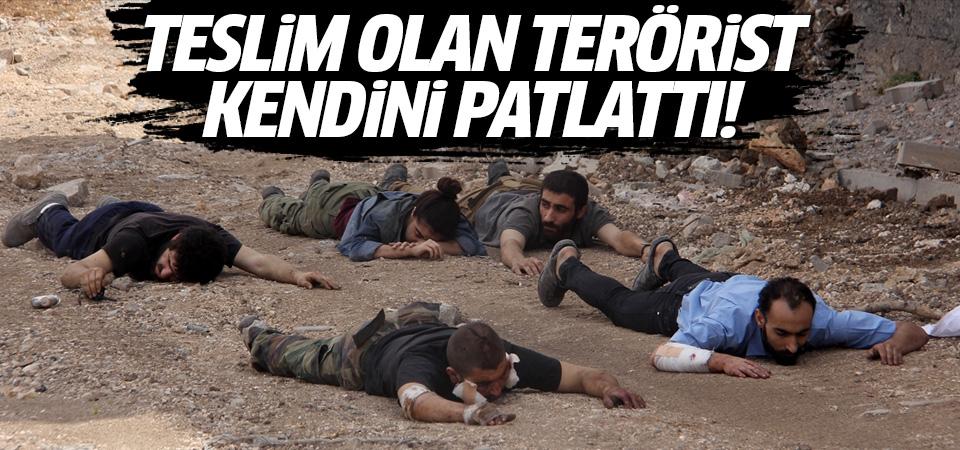 Teslim olan terörist kendini patlattı