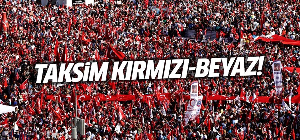 Taksim Meydanında on binler toplandı