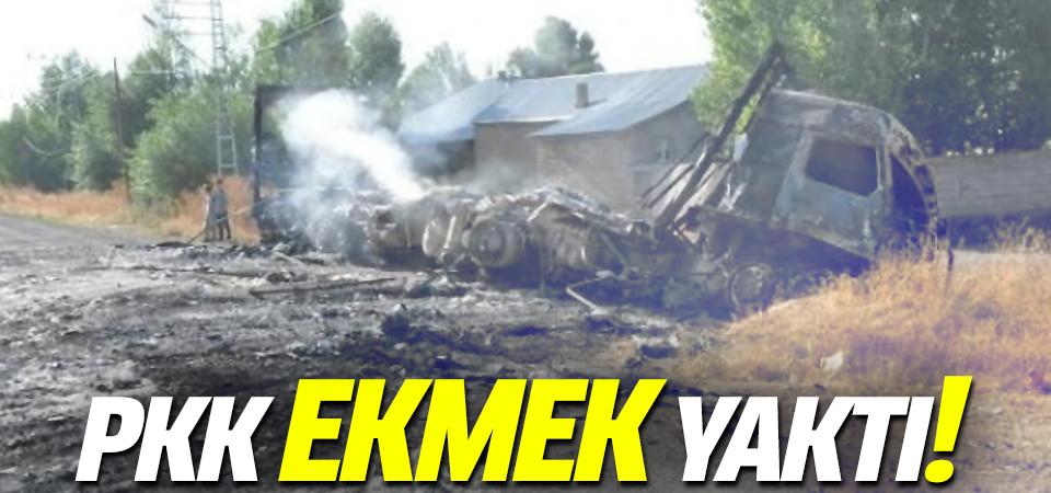 PKK'lılar ekmek taşıyan aracı yaktı