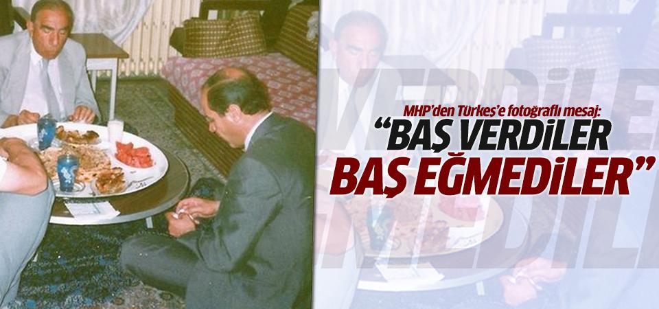 MHP'den Türkeş'e fotoğraflı yanıt