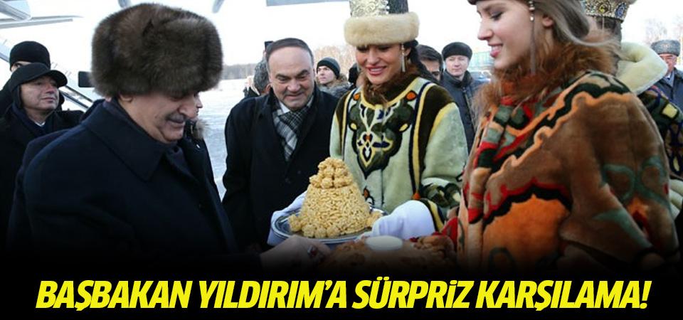 Başbakan Yıldırım'a sürpriz karşılama