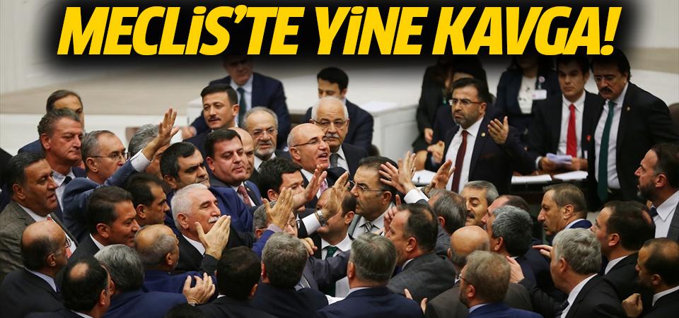 Meclis'te milletvekilleri yine kavga etti