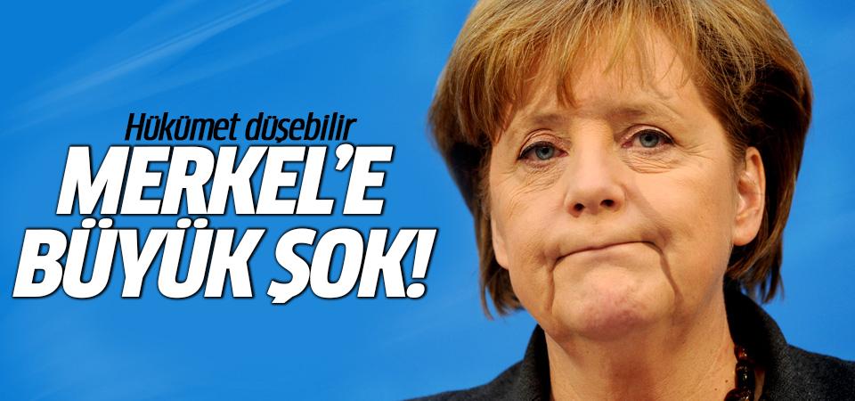 Merkel'e büyük şok! Hükümet düşebilir