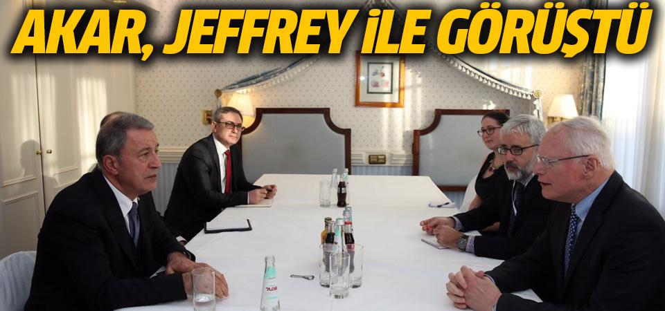 Akar, Jeffrey ile görüştü