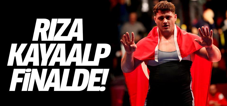 Alman rakibini deviren Rıza Kayaalp finalde!