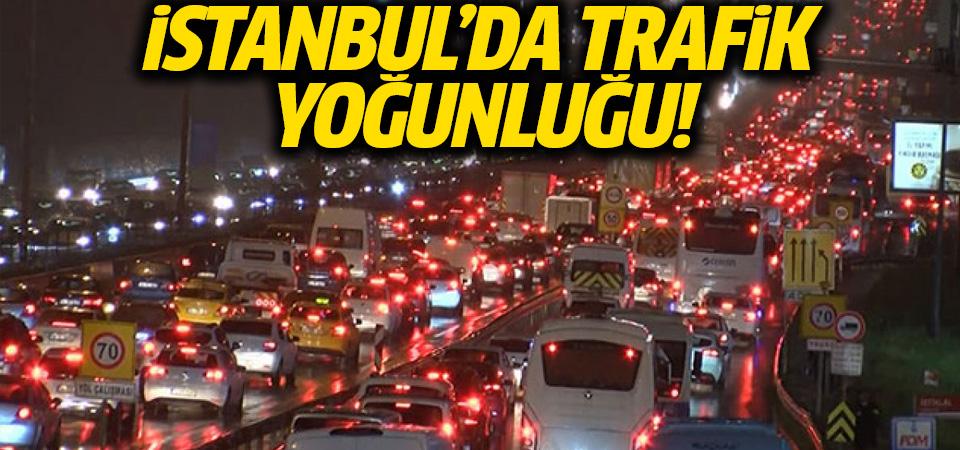 İstanbul'da hafta sonu kısıtlaması öncesi trafikte yoğunluk